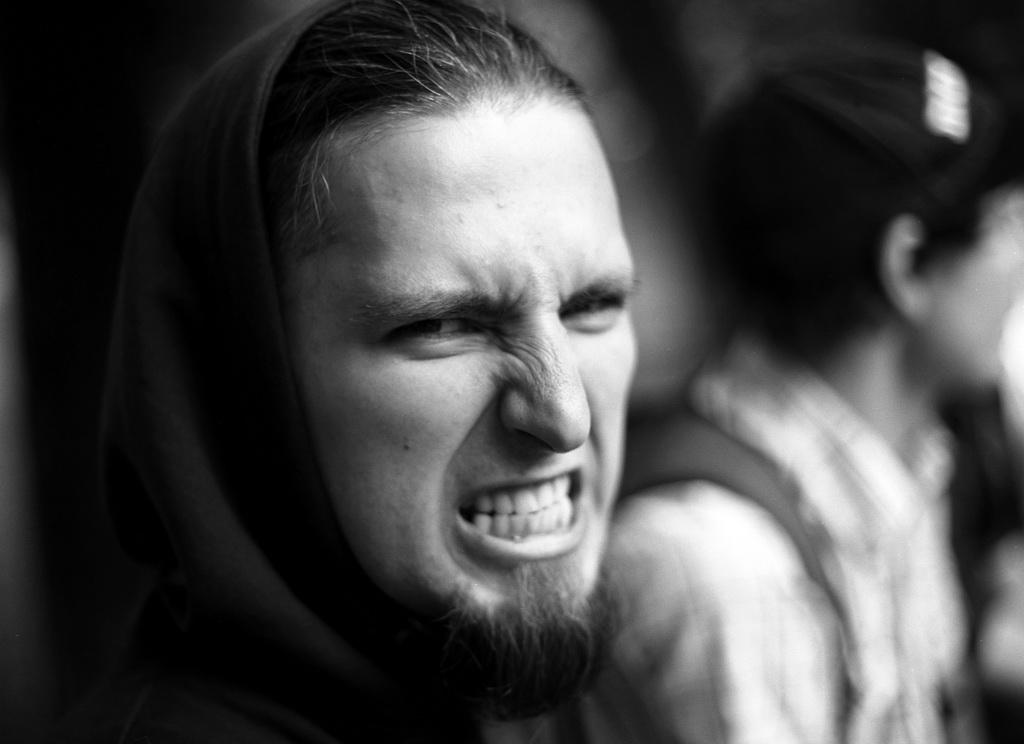 Гитарист группы RISHA Андрей Острав